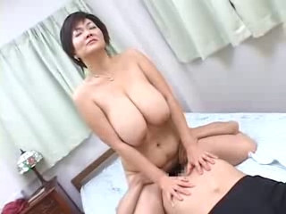 Delightful saggy billibongs young lesbian with mature woman