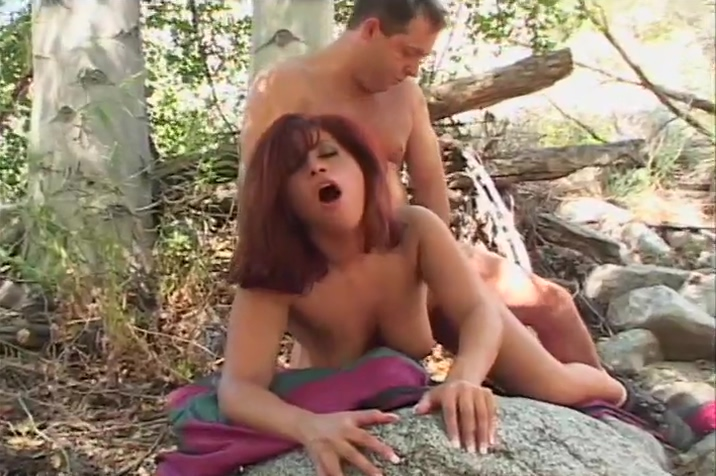 Horny Couple Follows Their Instincts In The Woods