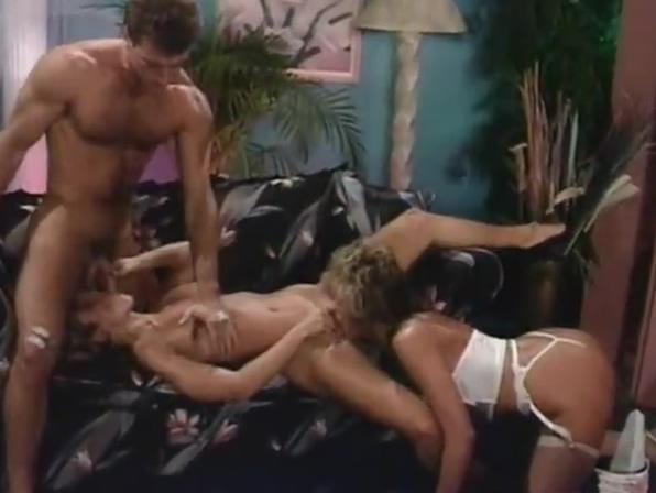 Victoria Paris in a hot FFM Dick Pump For Men