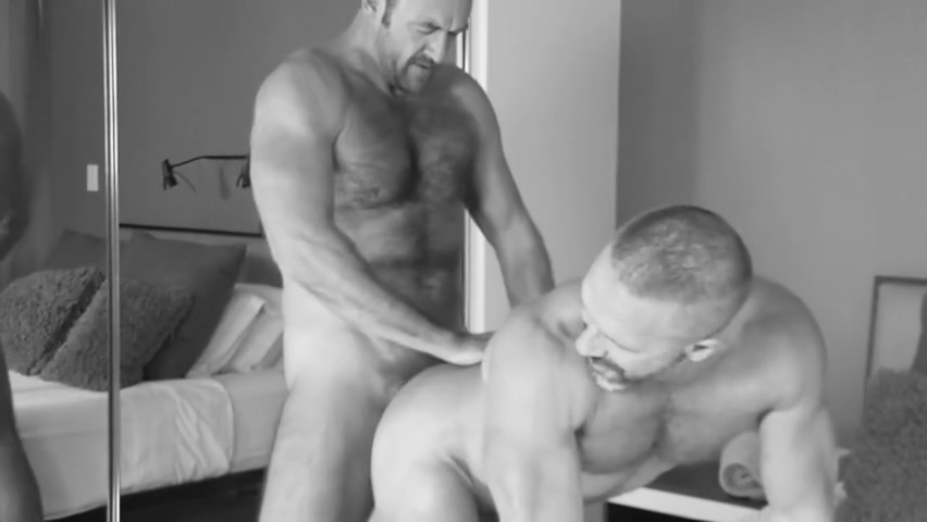 MAX-DD22 - Daddy Dirk doesnt just please young men ... Cump Dump Girl