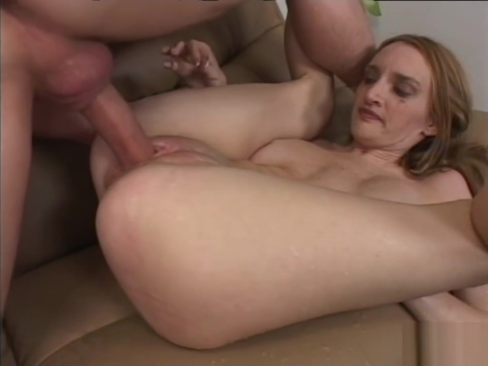 Squirting Milf Makes a Mess