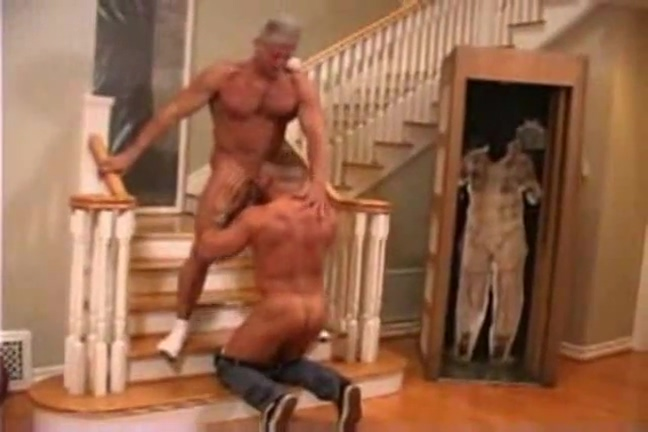 Gay muscle daddy fucks his ass Hot and sexy lady