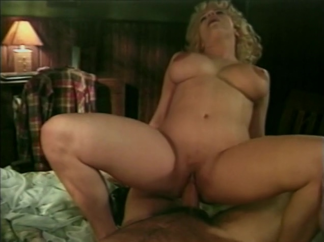 Busty MILF both holes ramming Nude women up skirts