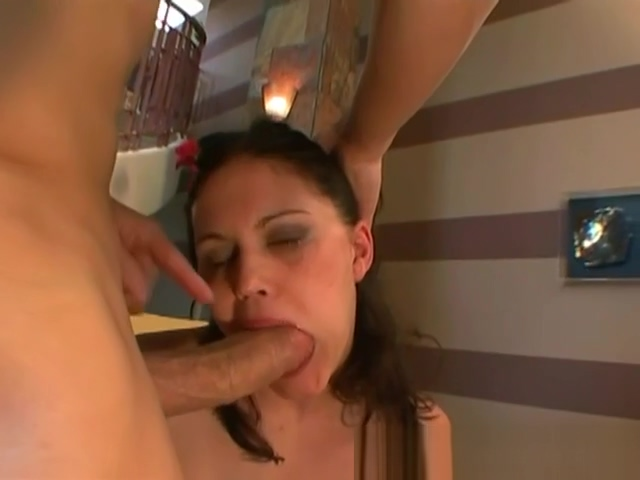 Beautiful Selena Silver Gets Her Ass Licked sexy hot naked women giving lap dances