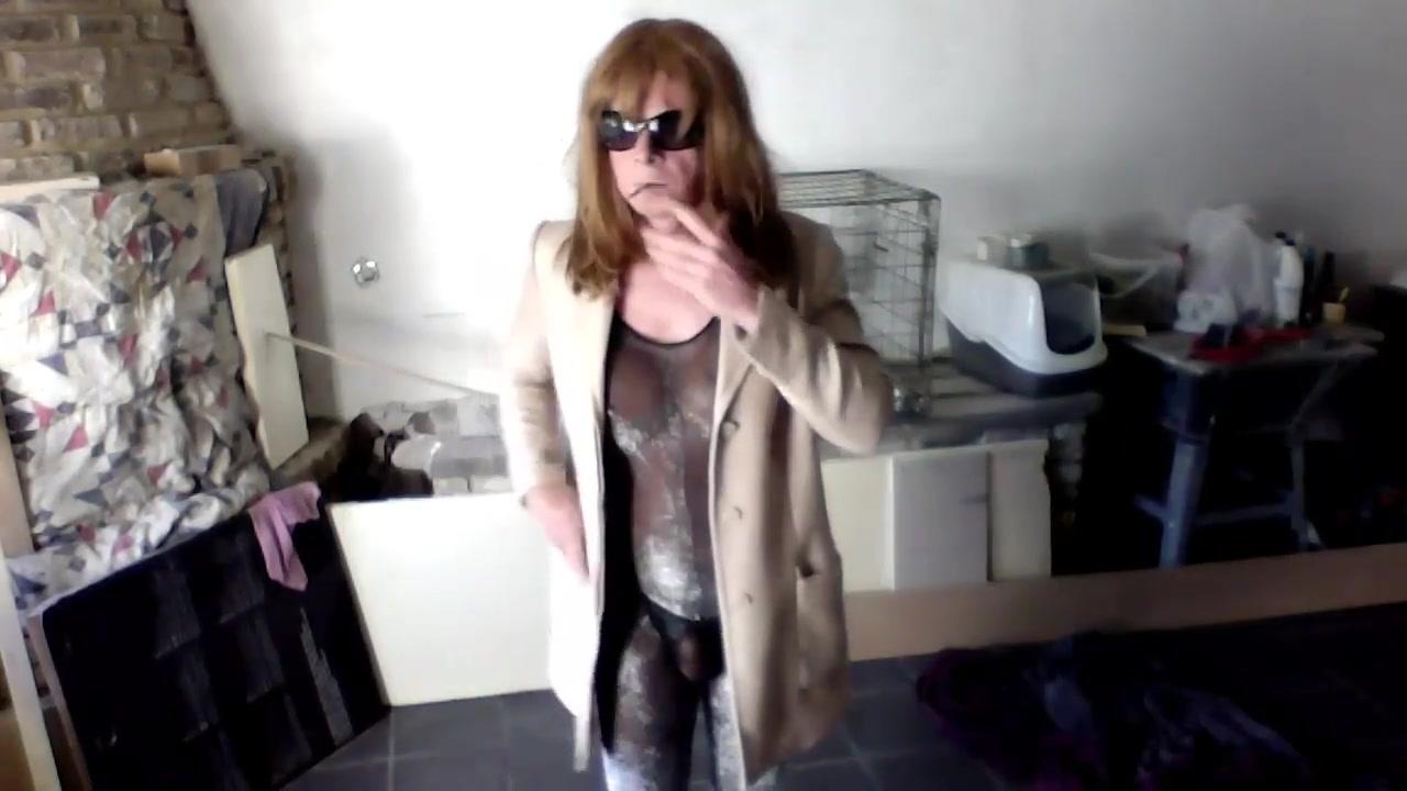 catsuit2 Skype Puke