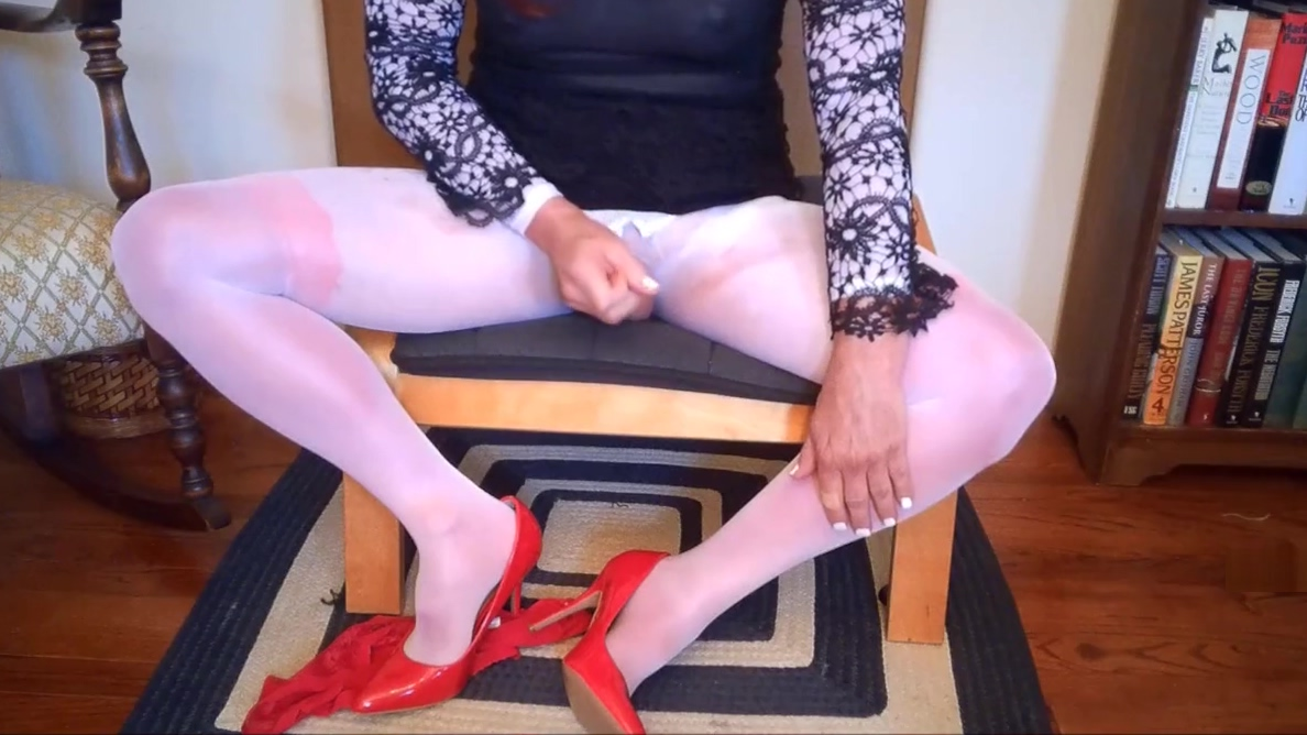 SL4UA Sexy CD Holly Pantyhose Dildo and Cumshot Let s get together tonight in Hong Kong