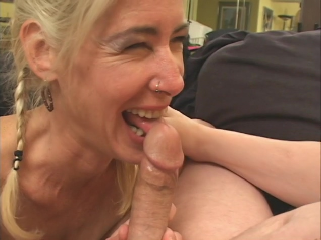 Sexy mature getting cumshot on her pussy Buy dating website database