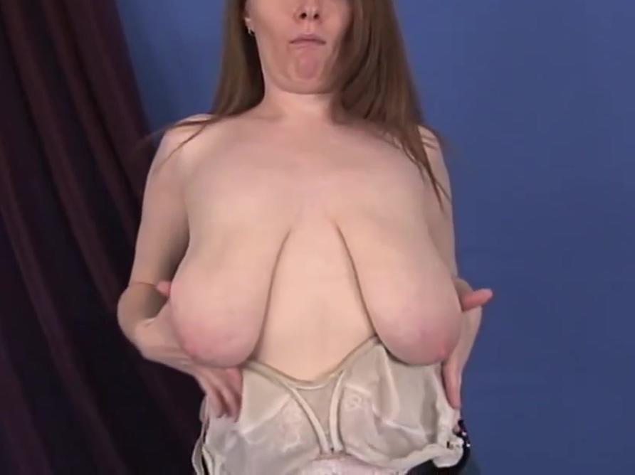 Floppy Flapjacks 2 sexiest women on television
