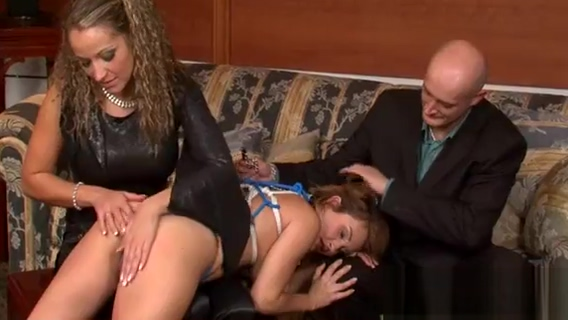 Kinky dominatrix ties and tapes up slave in sexy bdsm fetish big mama house porn