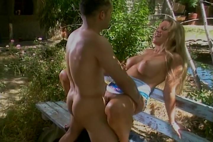 Naughty Nina Opens Wide For Rockmans Hefty Pole
