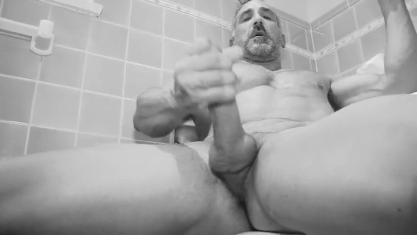MAX-SFX - Hairy Mr X aka Mr. Exhibitionist - Jerk off guys! Negona Chupando Pinto Branco