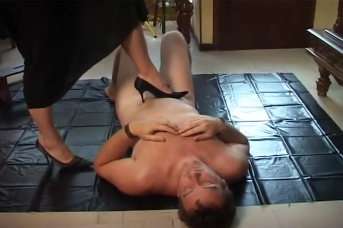 YouPorn - french-mistress-being-obey-by-her-slave-java-productions Is it bad if your girlfriend is taller than you