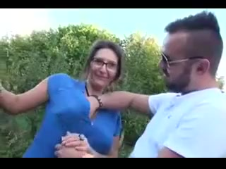 Brunette french MILf outdoor Free shooting games download mac