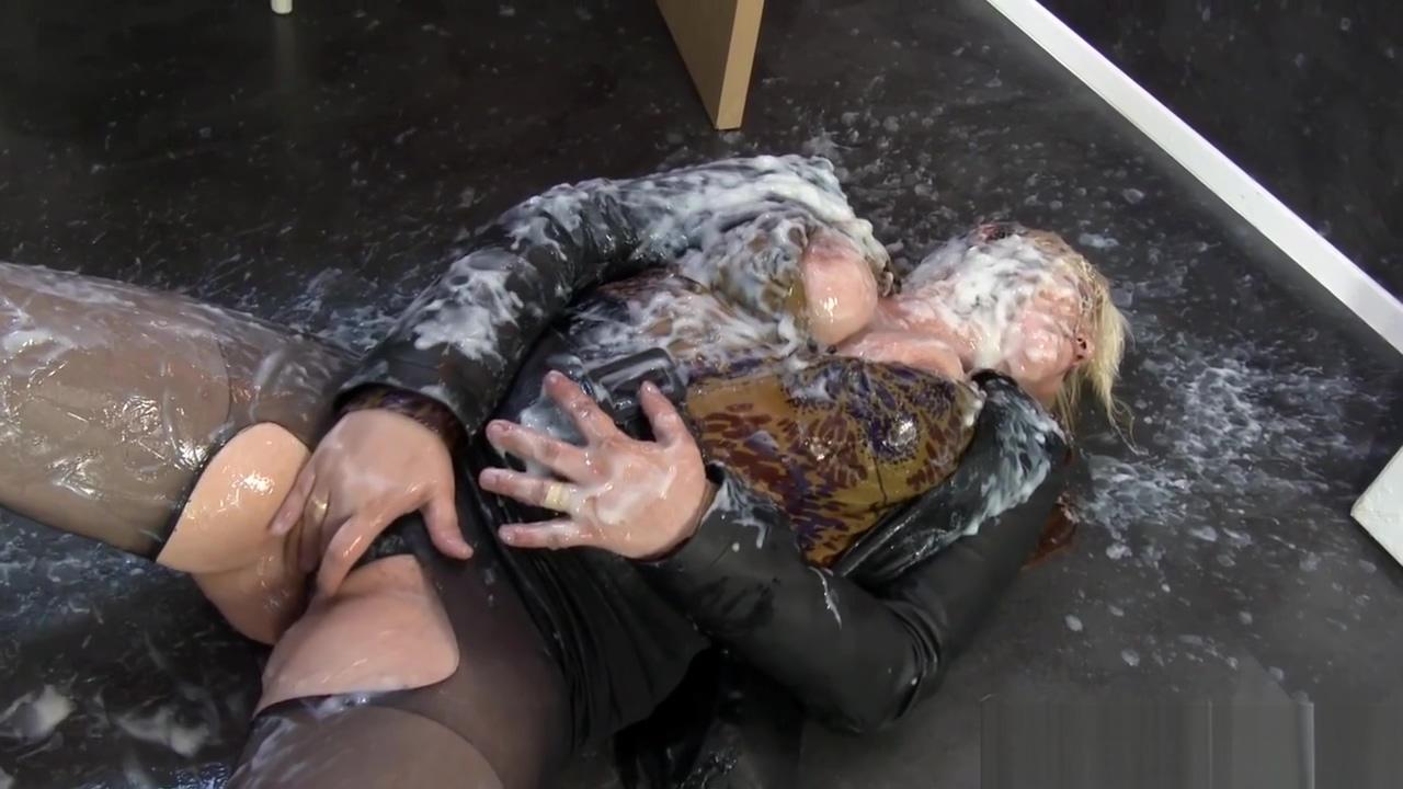 Babe creamed by gloryhole Chloe donaldson