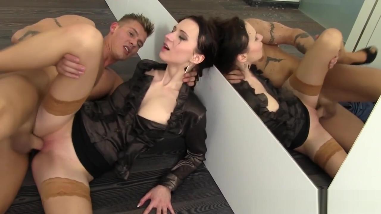 Goldenshower slut facial Amanda bearse nude