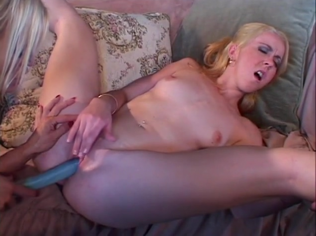 MATURE LESBI 2 Granny mistress femdom