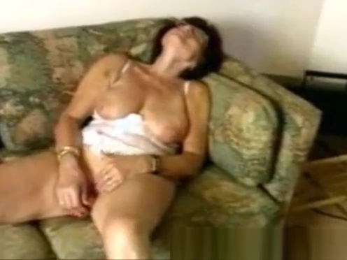 Granny in glasses dildoes Sexy asian porn pics