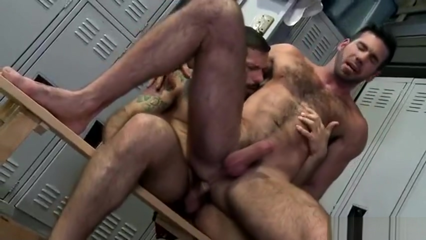 BILLY SANTORO & AELSSANDRO DEL TORO - WHICH HUSBAND FUCKS BETTER - MO3 true first time gay stories
