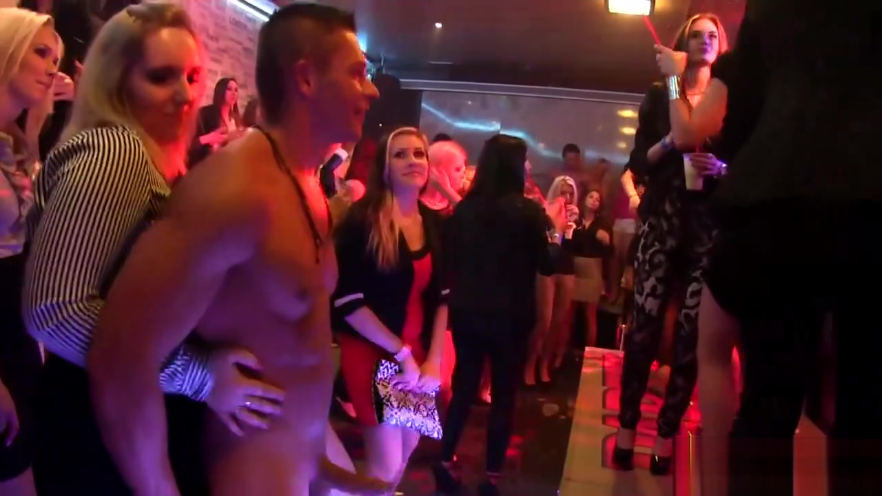 Party babe rubs booty Signs your ex boyfriend is obsessed with you
