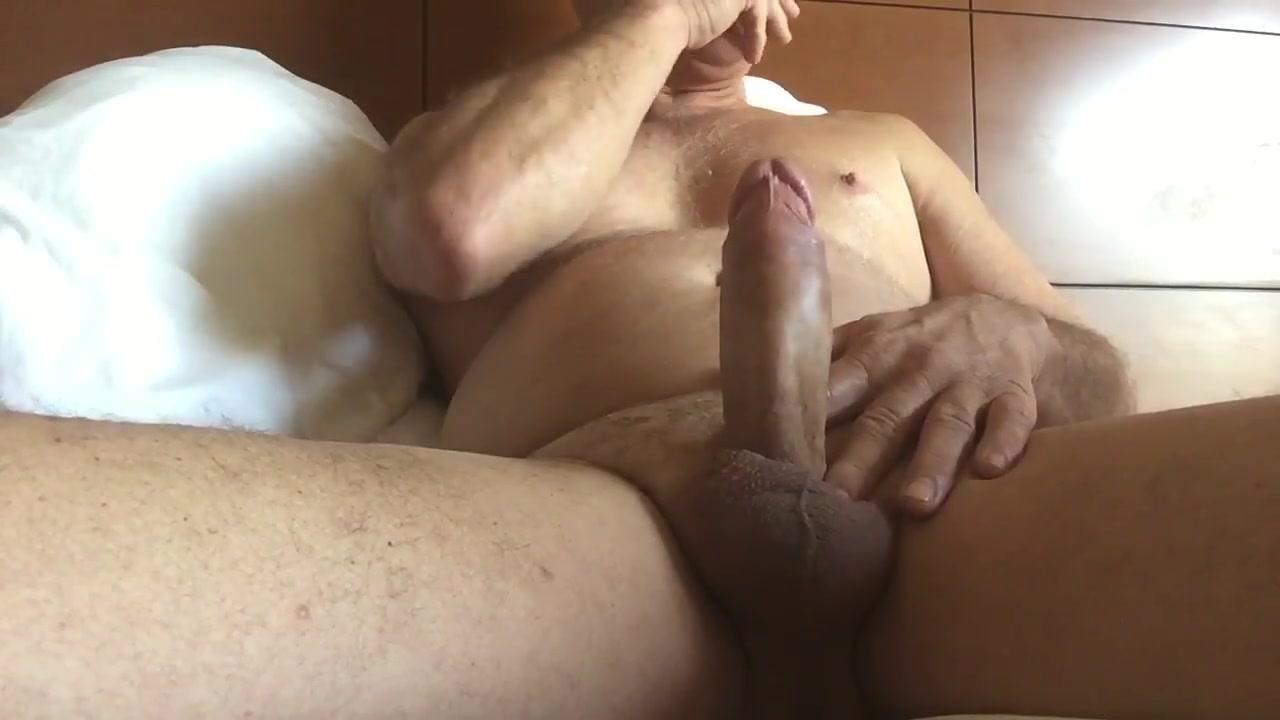 Masturbating in the morning creampie eating