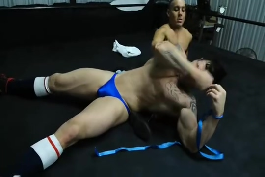 Ricky V vs Joey porno veronica avluv mom