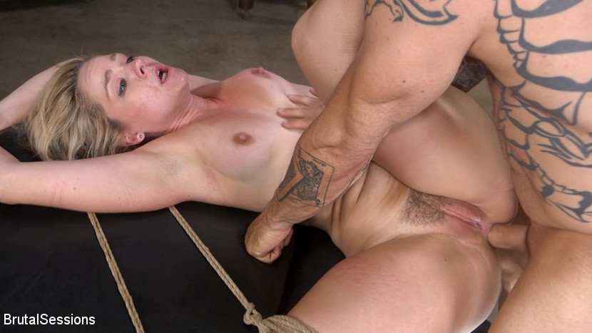 Dee Williams Gets Schooled: Big Tit Teacher Gets Stuffed Air Tight - BrutalSessions Free chubby cammers