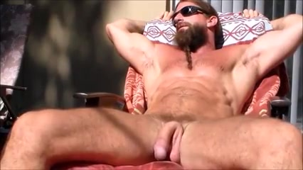 Str8 mountain stud jerking in the sun melissa s muscle fetish