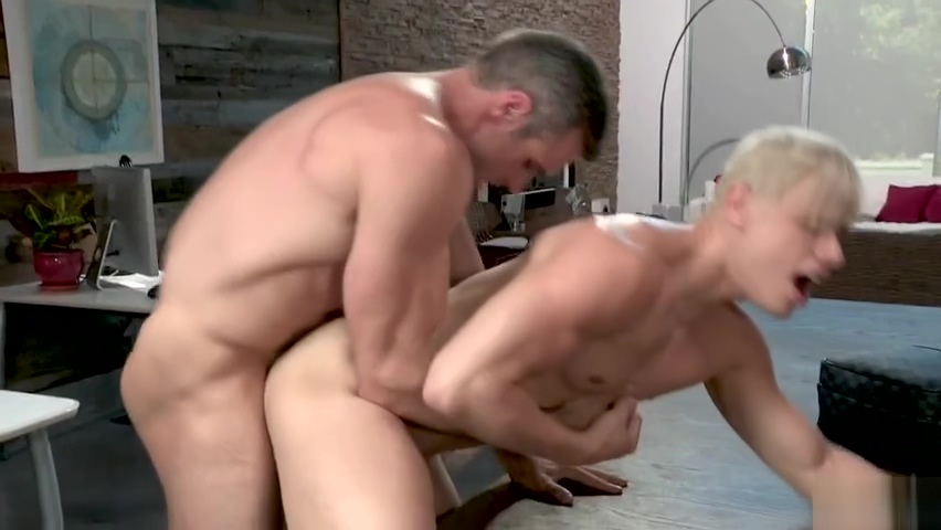 Alex Mecum And Alam Wernik Stranger fucked my pussy in a public restroom
