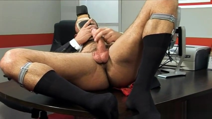 Jessy Ares Solo Red tube asian street meat