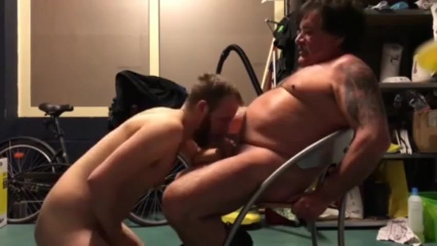 Daddys Kiss Tits massage pictures
