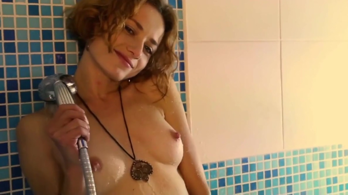 Foxy - 7856872 HD Videos In the Bathroom