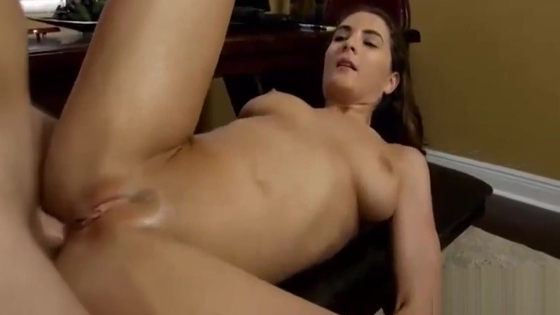 Playing nude sex games in the family with dad and mom