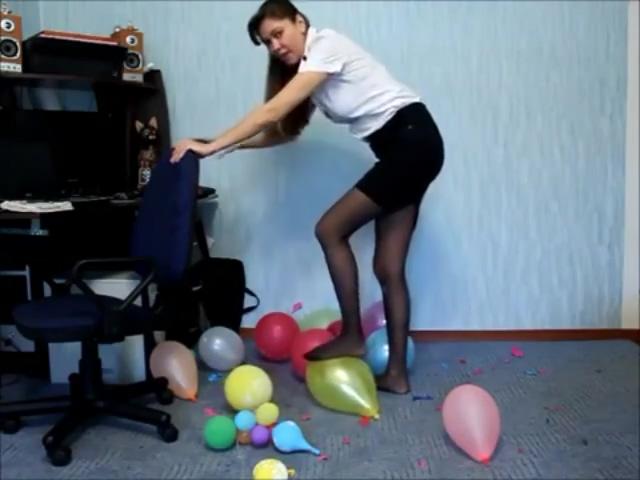 crsuh balloon free teen cheerleader lesbian porn
