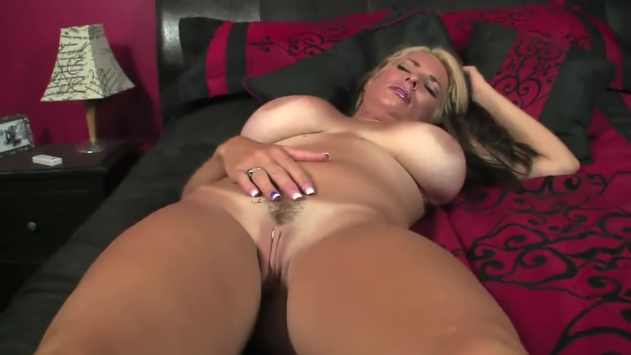 Giantess Goldie Unaware Compilation Porno 5min