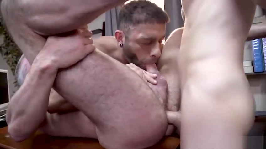 GW -Tristan Hunter and Dale Savages 3some with Stepdad Eddy Ceetee - Bareback Wanting to suck in Ranka