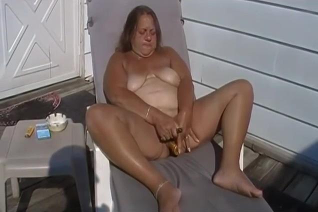 Amateur Mature German Granny 3d high def handjob video