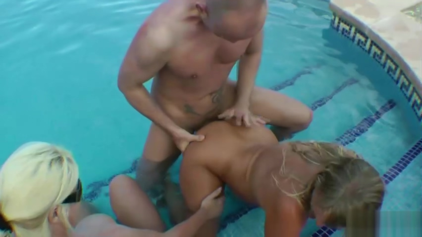 GERMAN MATURE and STEP SISTER in HOLIDAY POOL THREESOME Indian Porn Lob