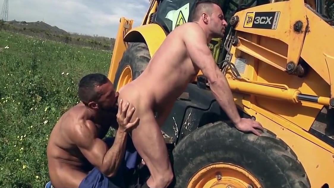 Sexo en la excavadora Pissing porn closeup