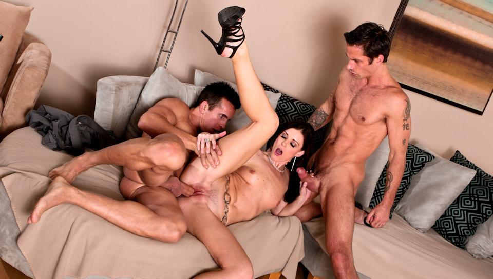neighbor-threesome-porn