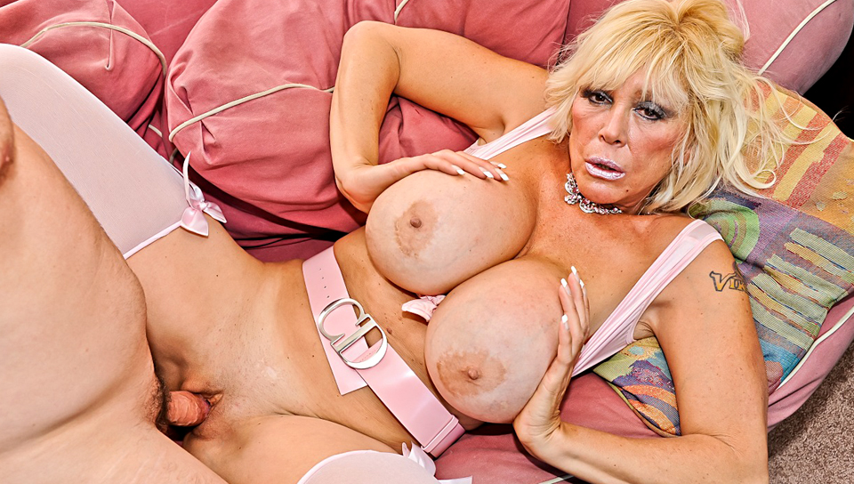 Shelly A in Horny Grannies Love To Fuck #02, Scene #03 bear sexy pussy bear games vidoes man
