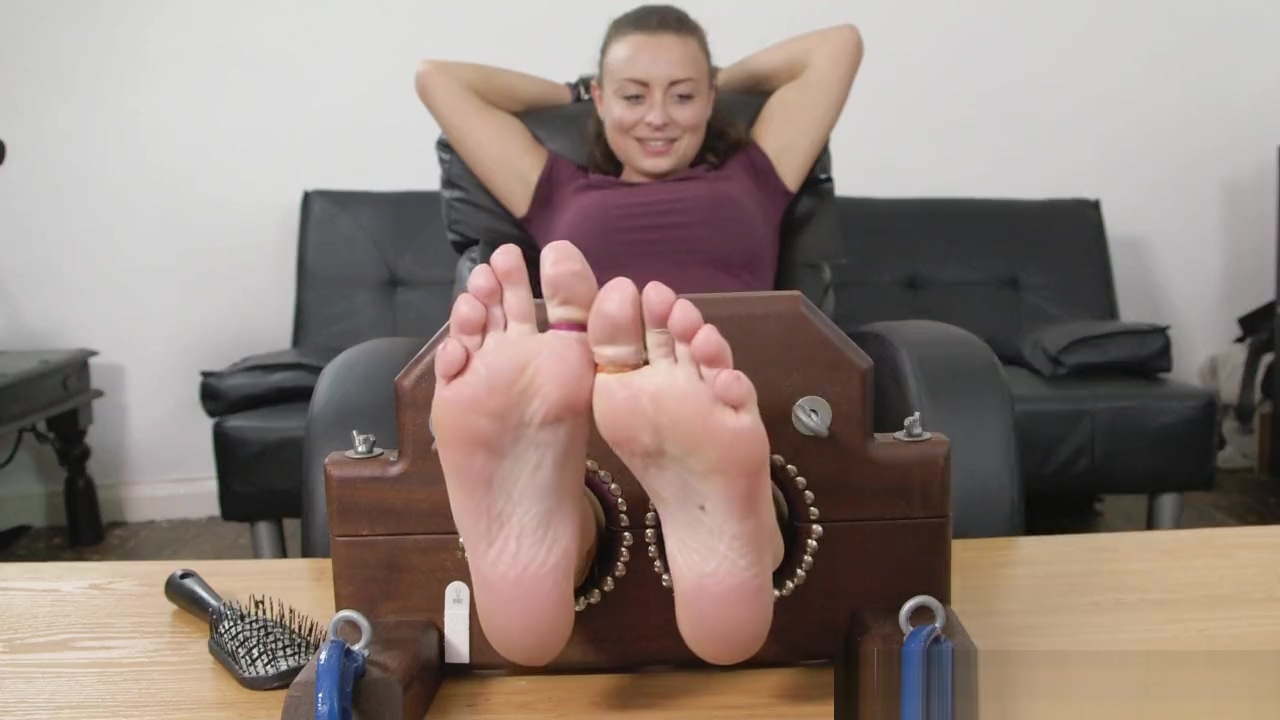 UKTickling - Lou all of us nude