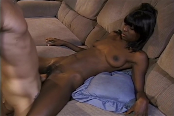 Sexy Diva Chocolate Gets A Facial From Chris Charming Chubby plump women sex free plumper porn pics