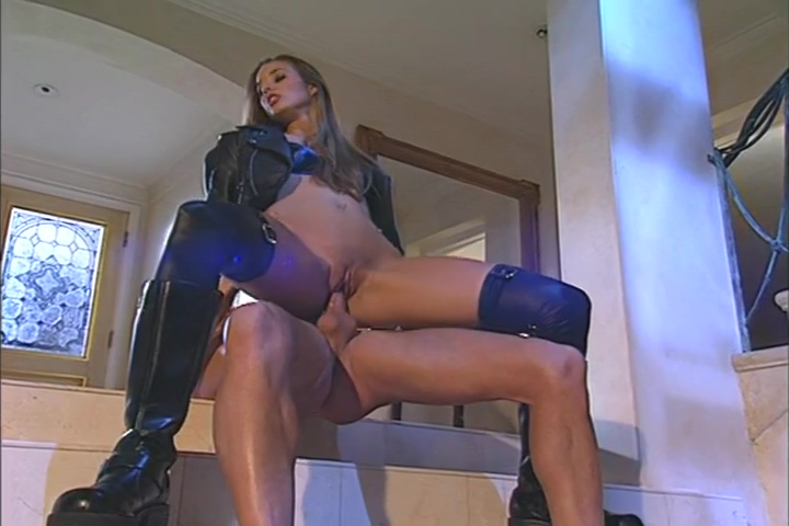 Cheyenne Silver Gives Head And Takes A Hard Cock Drilling Lick Black Cunt