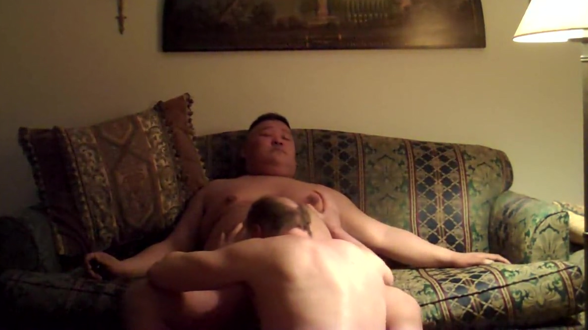 sucking me on the couch Shemale fucks girl outdoor