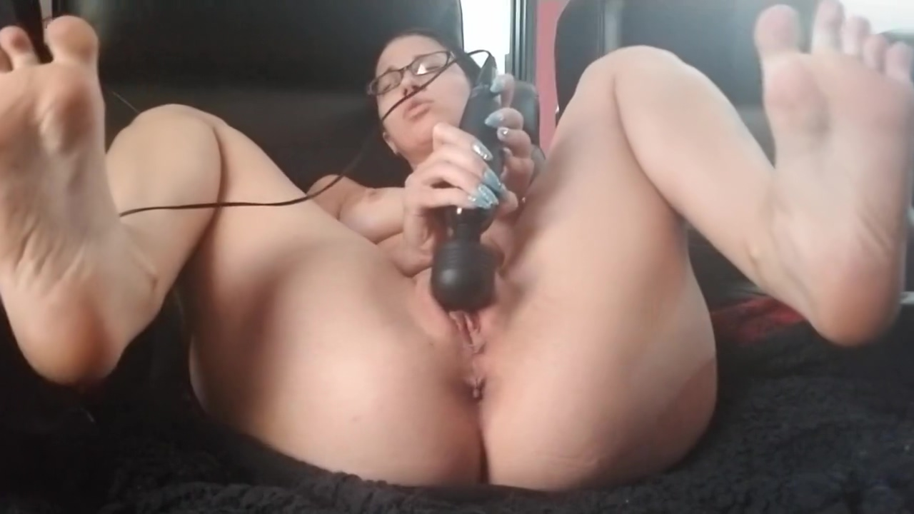 Cumming Twice On My Couch - Real Orgasms Mad sex on a bed