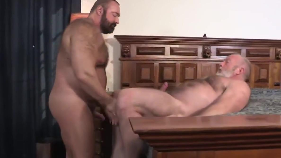 Brad and Johnny Sexcontact ebony