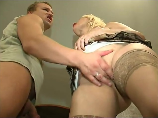 Hairy Milf In Stockings Fucked Big tits blonde whore