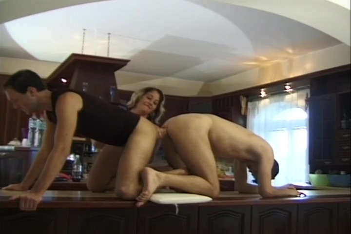 Cute Blonde Gets Her Tight Hole Rammed By Two Dudes Shemale fucks milf