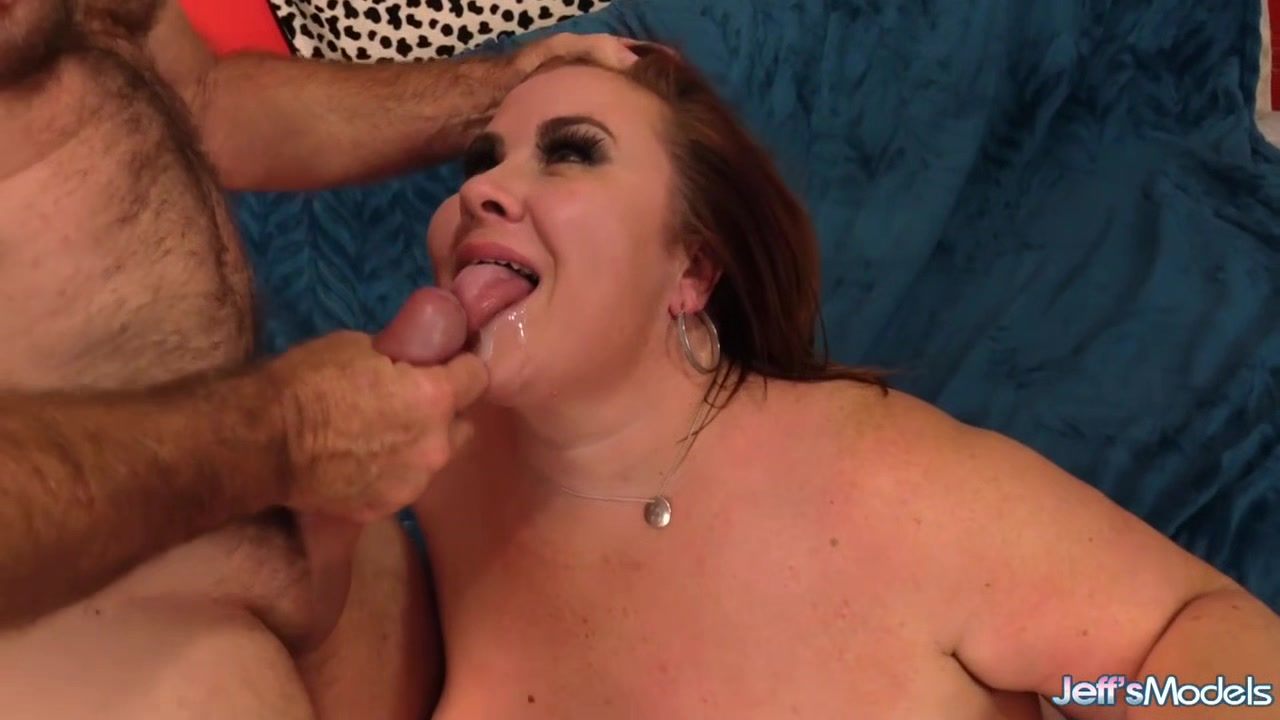 Busty Mature Plumper Lady Lynn Is Worshiped and Pummeled Hard by a Grandpa