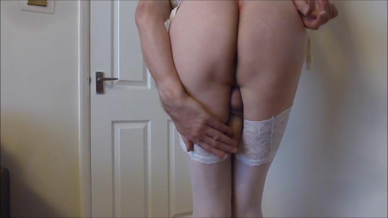 Crossdresser Crossdressing Girl sitting on a dildo